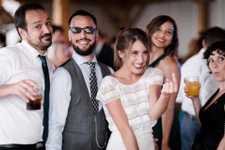 Qué nos gusta cuando el equipo de @kunydiamond_studio capta a nuestras parejas e invitados en toda su esencia! ✨✨ Dándolo todo y disfrutando al máximo, así pasaron su boda Kike y Miriam! 🔥 Rollazo a tope lo de este parejón!!🤘🏼#loveatope #weddings & #lifestyle ⠀⠀⠀⠀⠀⠀⠀⠀⠀ ·⠀⠀⠀⠀⠀⠀⠀⠀⠀ We love when @Kunydiamond_studio ´s team captures the essence and emotions of our couples and their guests!! ✨✨ Giving it all and enjoying it to the fullest, that's how Kike and Miriam spent their amazing day! 🔥They are literally rock & roll!!🤘🏼#loveatope #weddings & #lifestyle⠀⠀⠀⠀⠀⠀⠀⠀⠀ .⠀⠀⠀⠀⠀⠀⠀⠀⠀ .⠀⠀⠀⠀⠀⠀⠀⠀⠀ .⠀⠀⠀⠀⠀⠀⠀⠀⠀ .⠀⠀⠀⠀⠀⠀⠀⠀⠀ .⠀⠀⠀⠀⠀⠀⠀⠀⠀ .⠀⠀⠀⠀⠀⠀⠀⠀⠀ 🍃 🍃 🍃 #bohowedding #bohostyle #ecowedding #weddingplannerspain #weddinginspain #spanishwedding #indiewedding #weddingplanning #weddinginspiration #weddingplannerandalucia #weddingplannerandalusia #weddingdesigner #festivalwedding #naturalwedding #weddingvenue #weddingdecor #outdoorwedding #rusticwedding #destinationweddingspain #destinationweddings #weddingplanning #sevilleweddings #weddingplannerseville #weddingsinspain